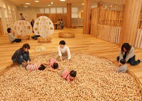 子育てを中心に地域連携を図る、新しい木育実践の場